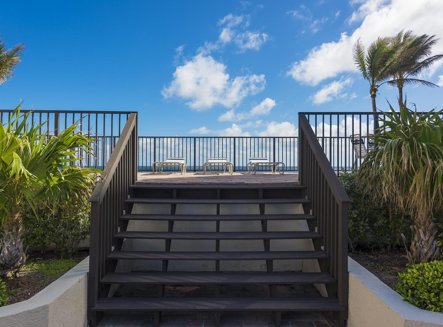 TOWNHOUSES OF HIGHLAND BEACH  COND  BLDG SOUTH UNIT 211-S