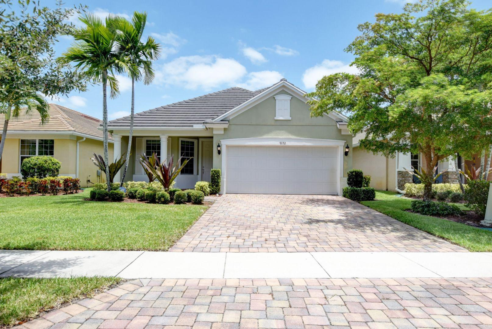 Home for sale in Oakhaven Lake Worth Florida