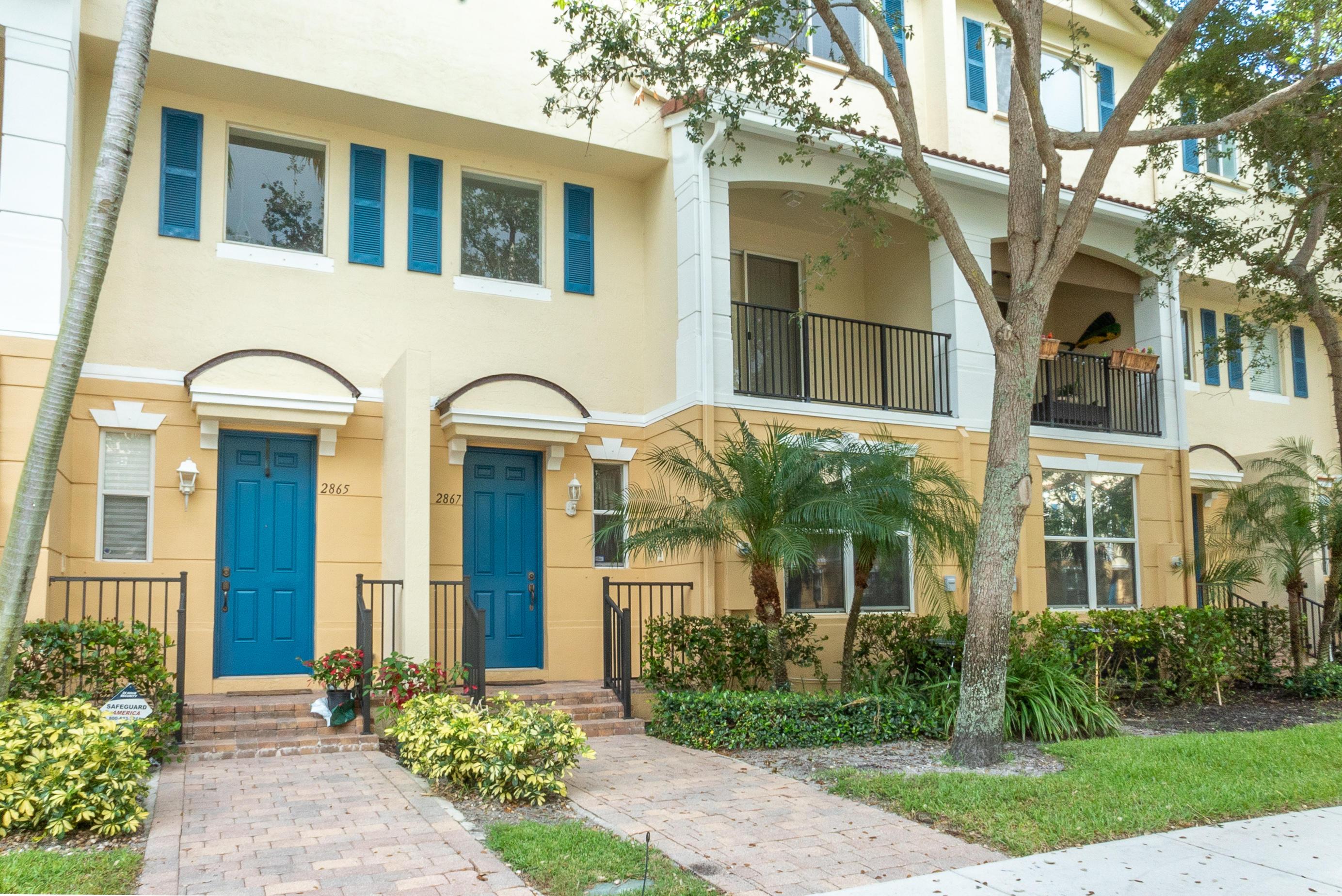 2867 S Oasis Dr Boynton Beach, FL 33426