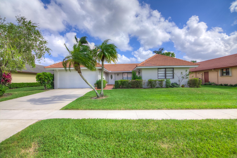 10484 Greentrail Drive Boynton Beach, FL 33436