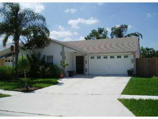 5213 Blueberry Hill Avenue Lake Worth, FL 33463