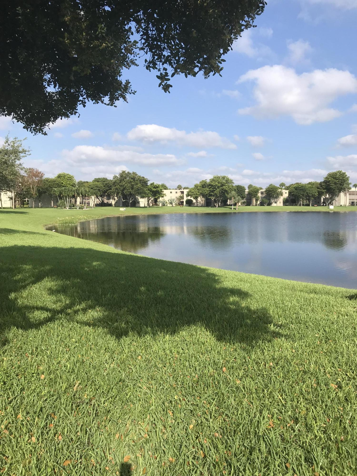5340 Las Verdes Circle 310  Delray Beach, FL 33484