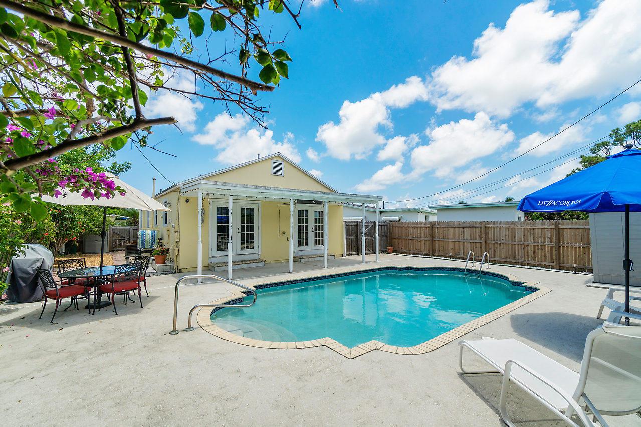 2307 Park Street Lake Worth, FL 33460
