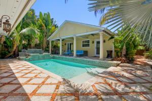 NORTHWOOD ADD home 443 34th Street West Palm Beach FL 33407