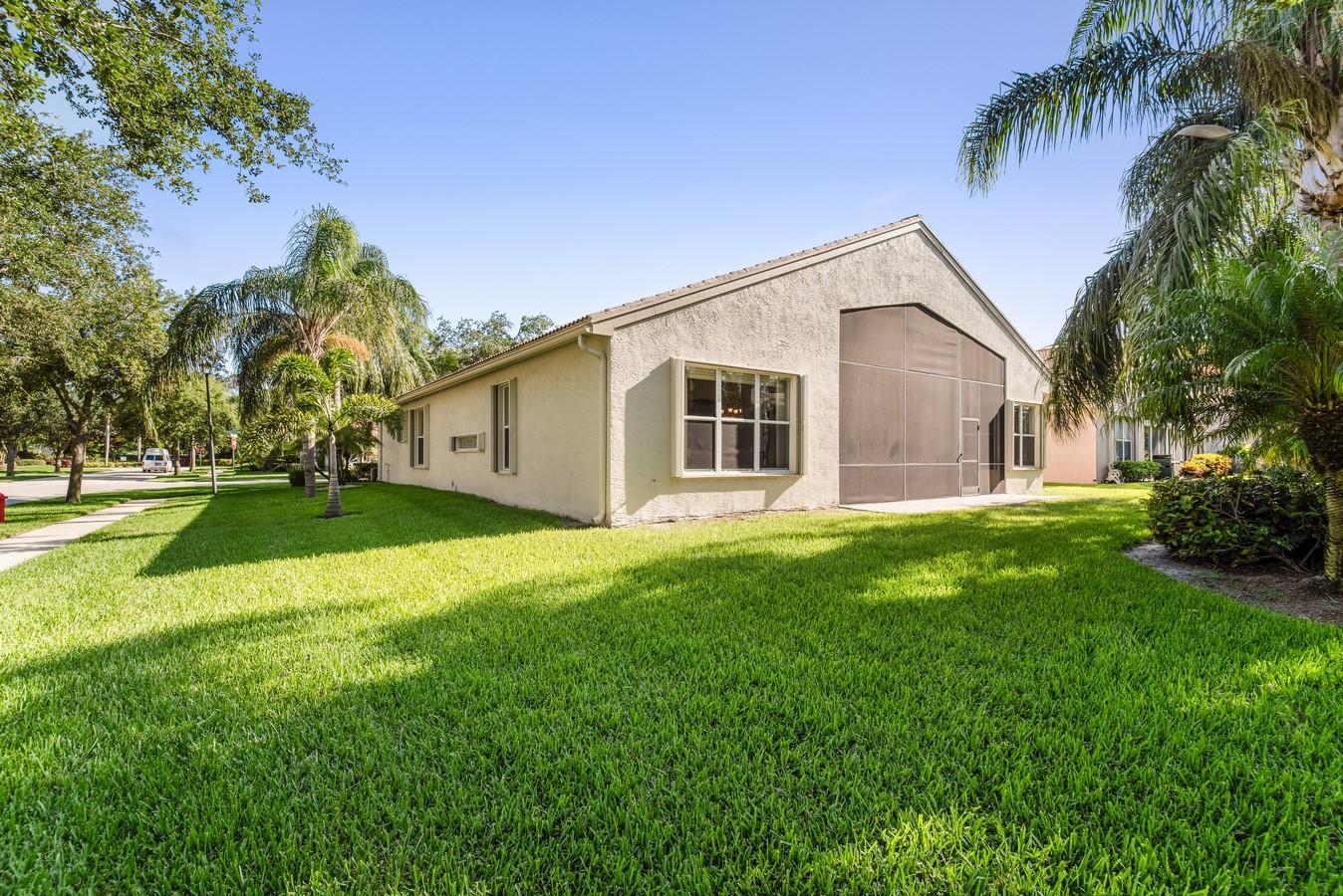 7405 Carmela Way Delray Beach, FL 33446 photo 32
