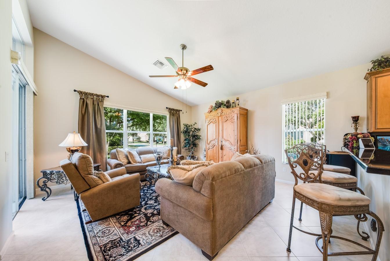 7405 Carmela Way Delray Beach, FL 33446 photo 16