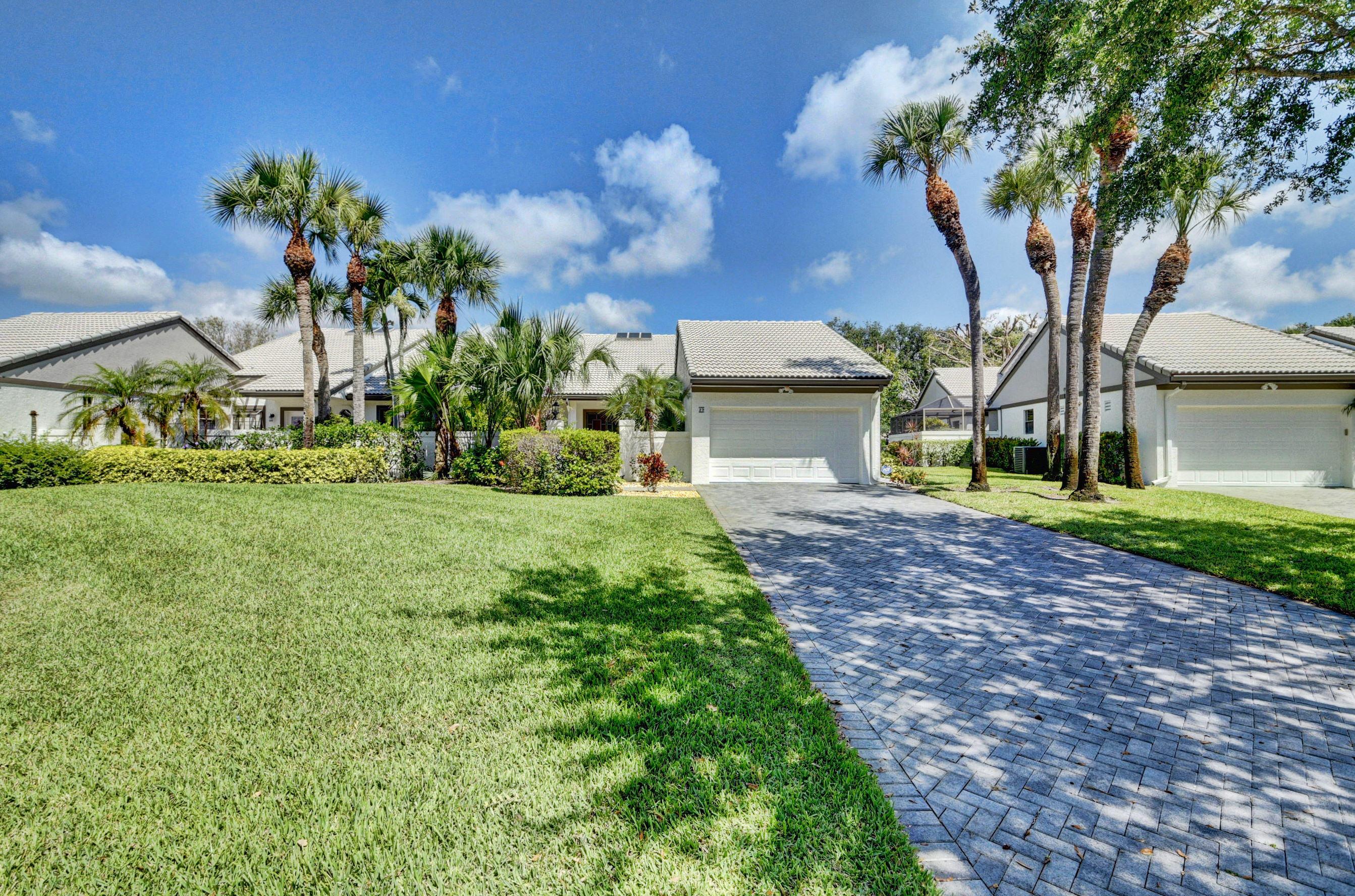 29 Clubhouse Lane Boynton Beach, FL 33436