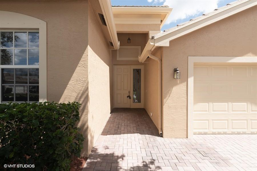 7365 Forest Park Way Boynton Beach, FL 33437 photo 2