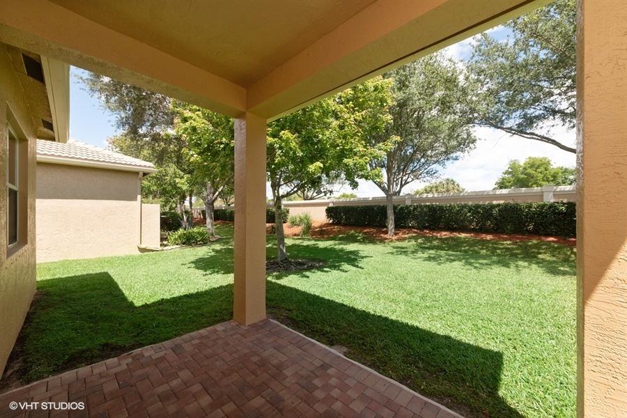 7365 Forest Park Way Boynton Beach, FL 33437 photo 9