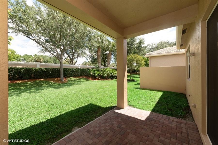 7365 Forest Park Way Boynton Beach, FL 33437 photo 7