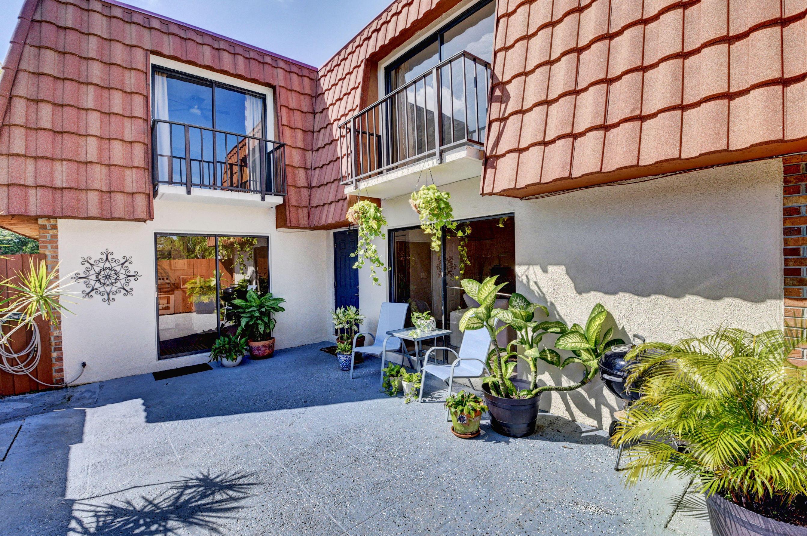 Home for sale in SPANISH WELLS CONDO I Delray Beach Florida