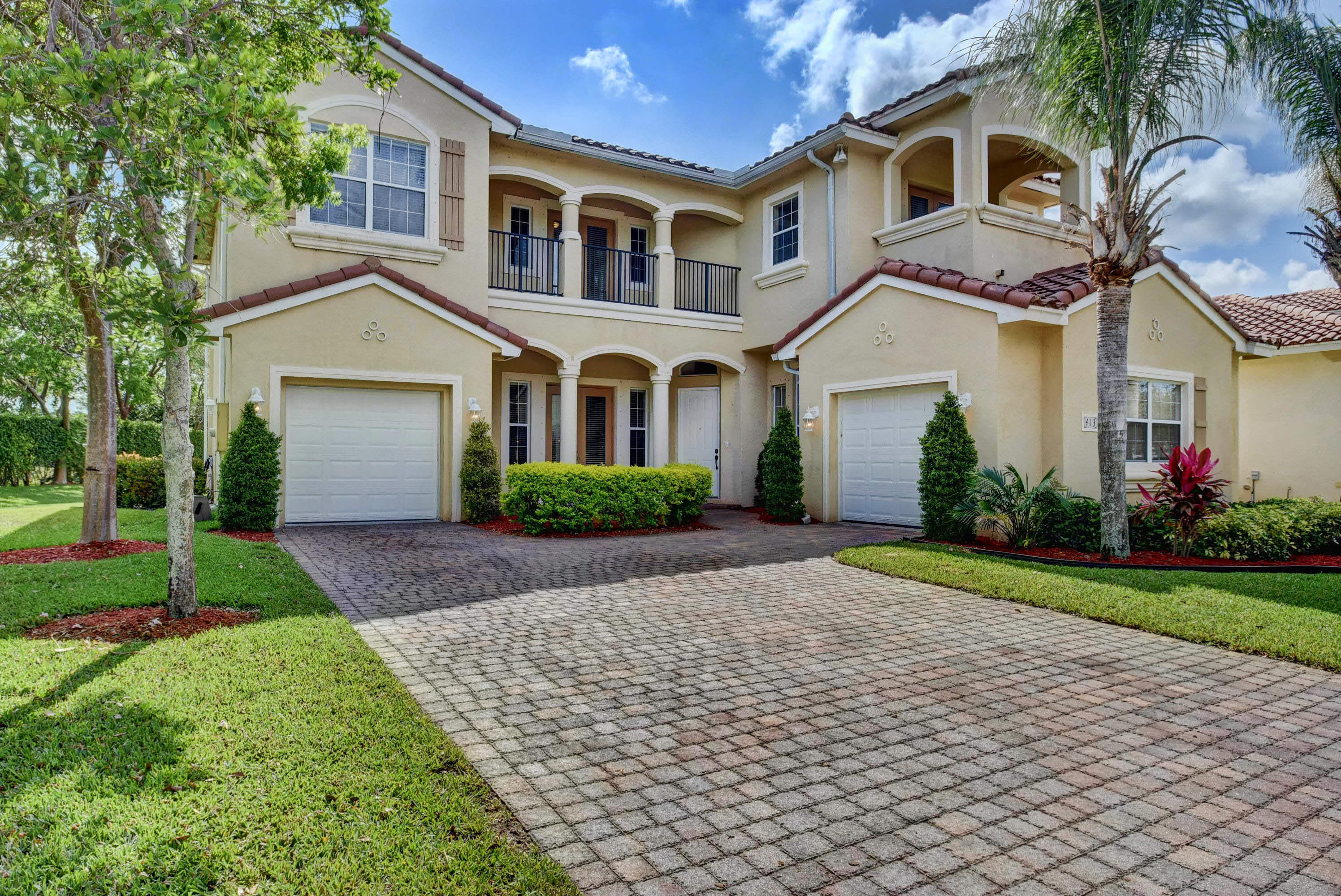 413 Cresta Circle West Palm Beach, FL 33413