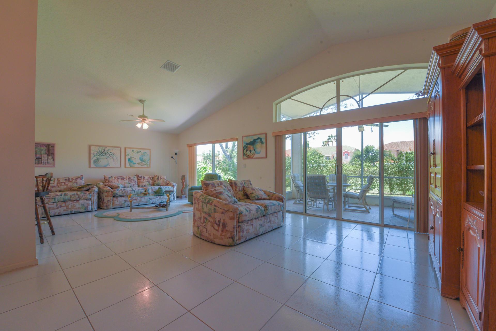 9636 Arbor View Drive Boynton Beach, FL 33437 photo 2