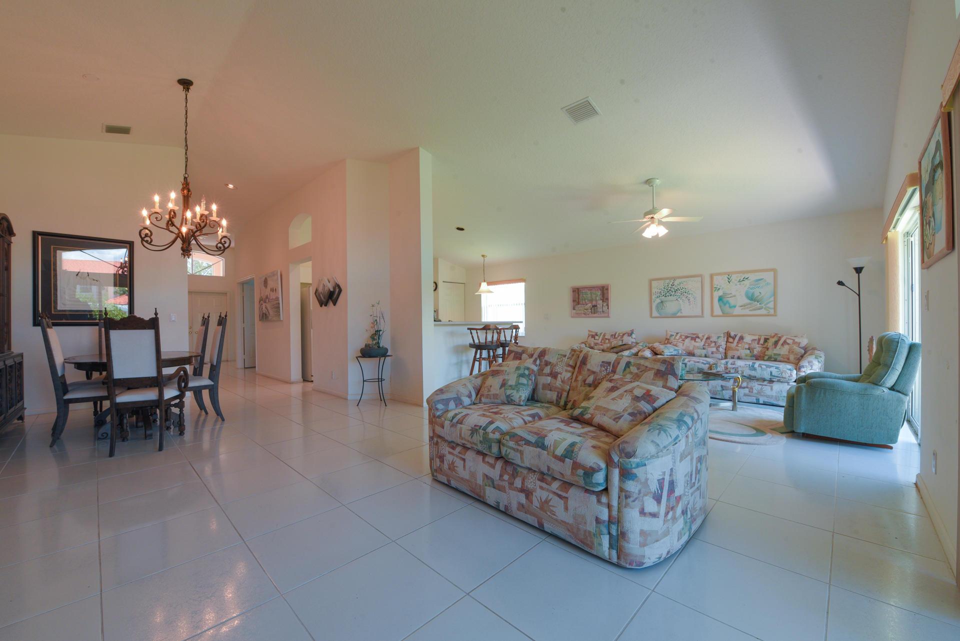 9636 Arbor View Drive Boynton Beach, FL 33437 photo 3