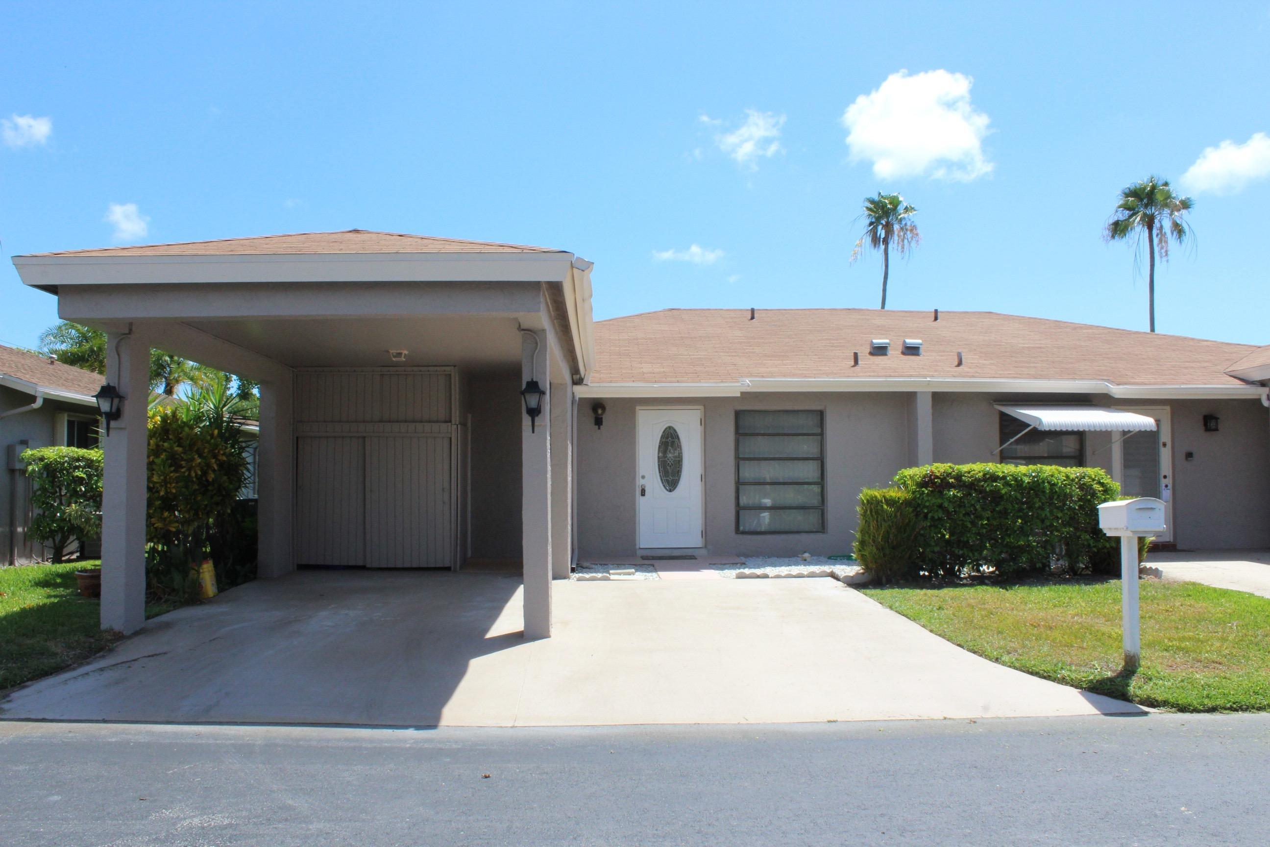 6667 Moonlit Drive 6667  Delray Beach, FL 33446