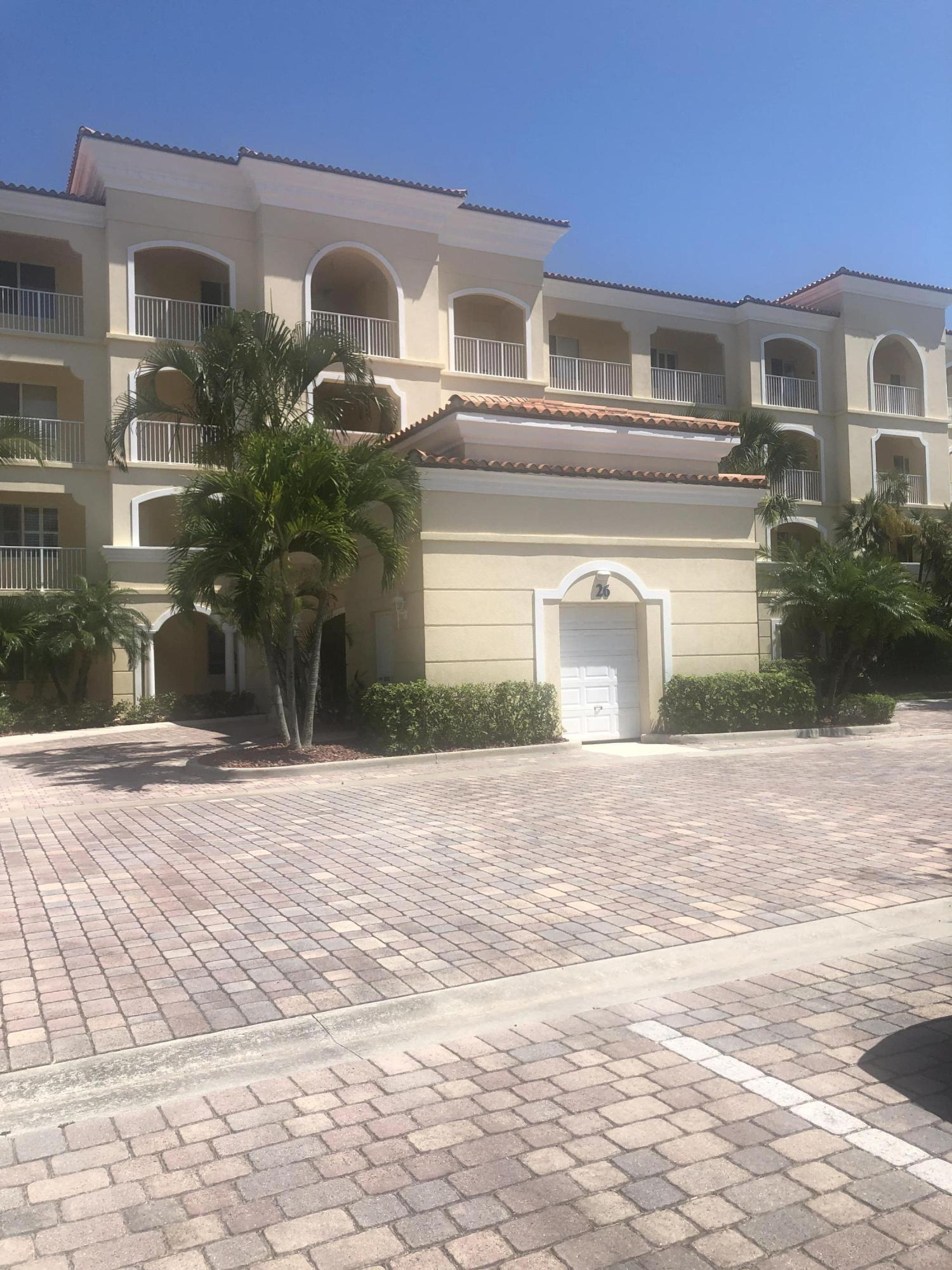 26 Harbour Isle Drive, Ph03 - Fort Pierce, Florida