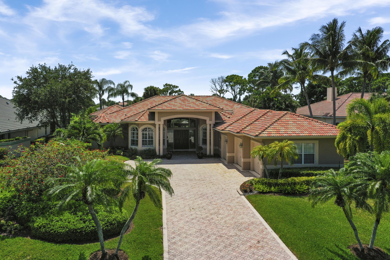 8227 Lakeview Drive West Palm Beach, FL 33412