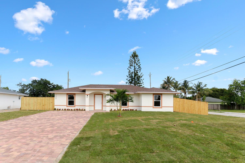 1650 Plantation Drive West Palm Beach, FL 33417