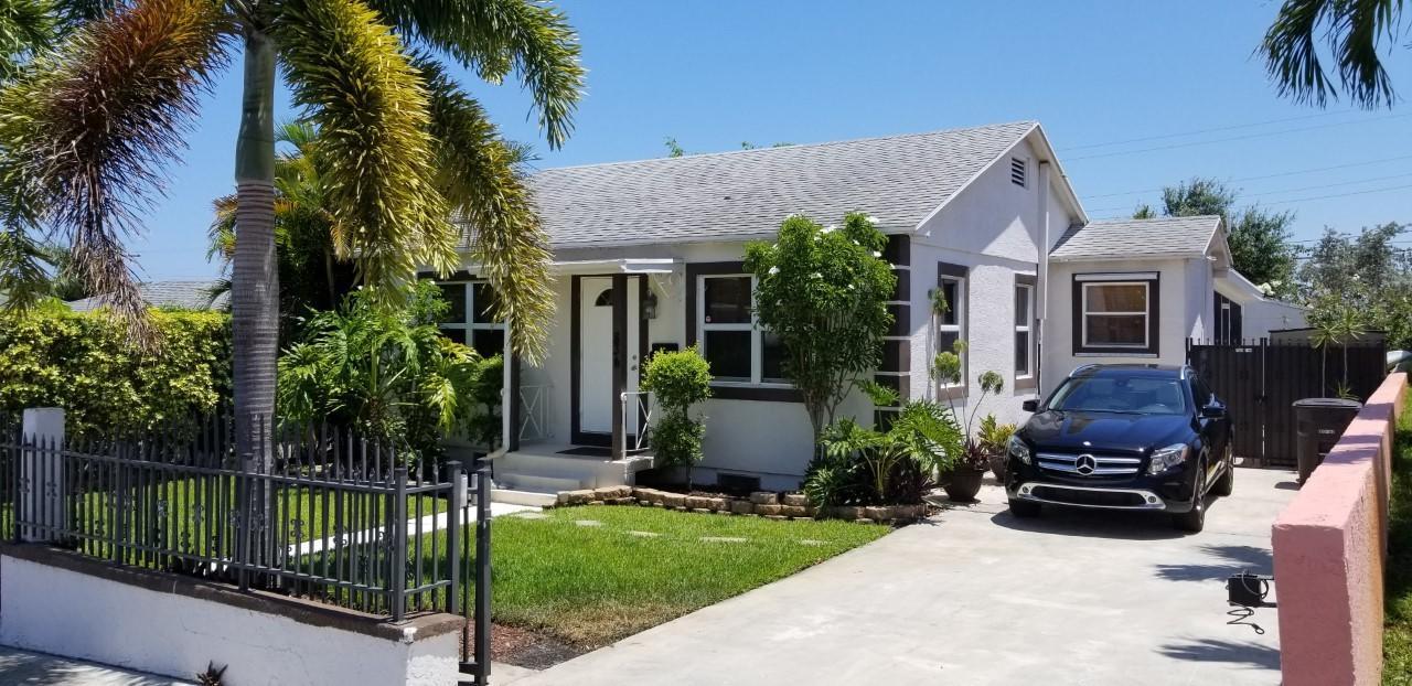 834 Dobbins Street West Palm Beach, FL 33405
