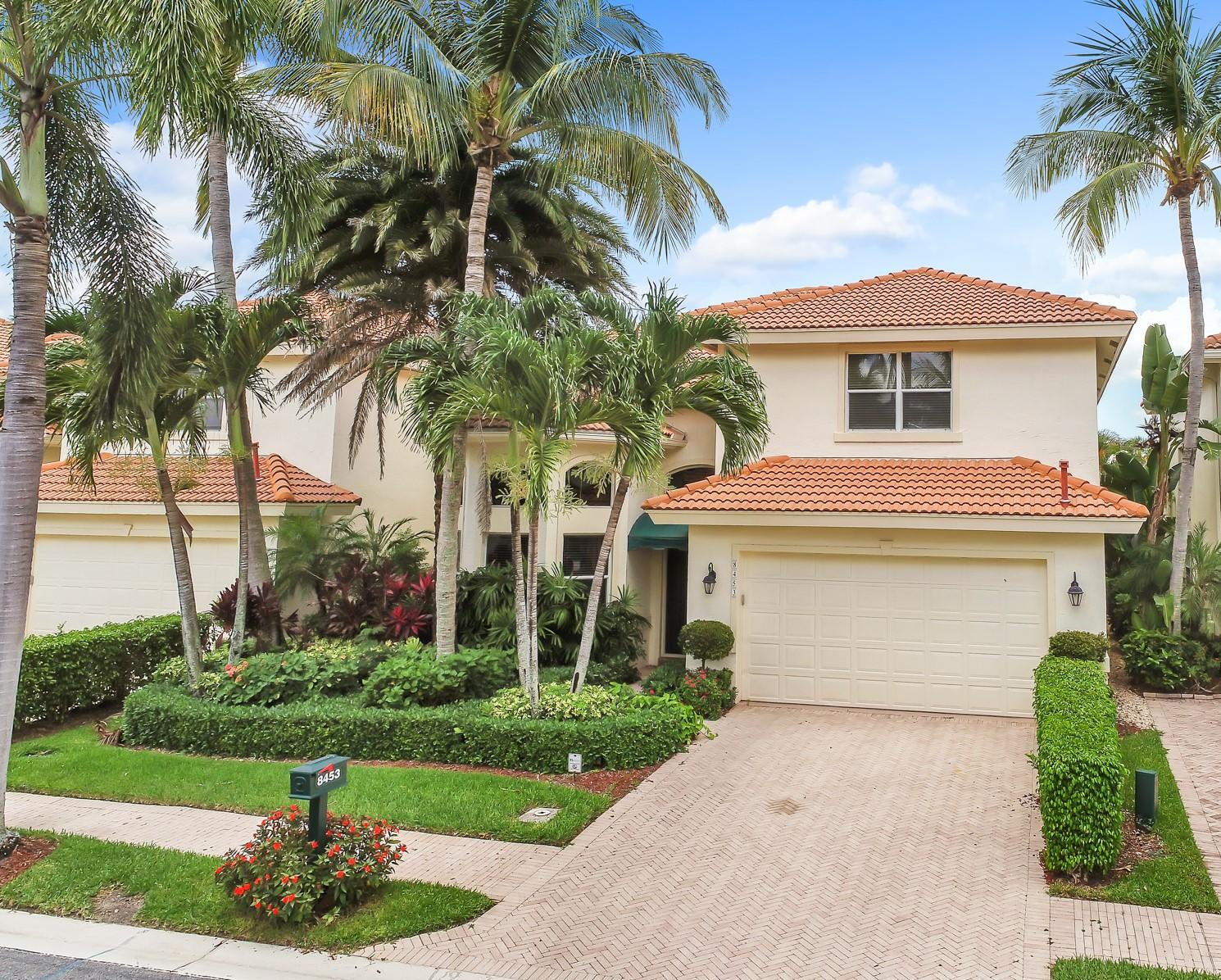 Home for sale in IBIS GOLF AND COUNTRY CLUB 11 West Palm Beach Florida