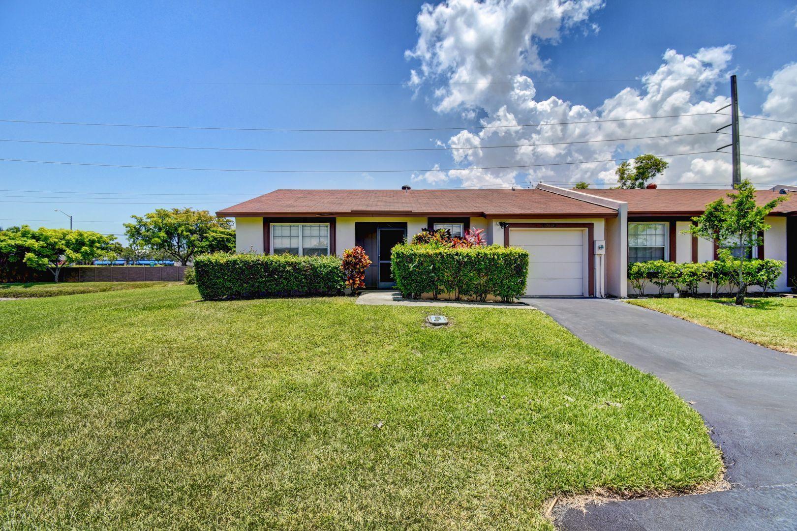 5316 Breadfruit Circle  Delray Beach, FL 33484