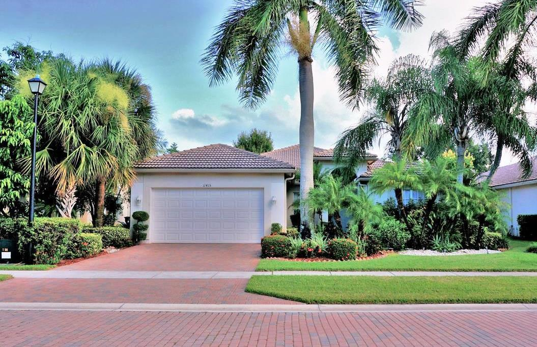 11415 Nautica Court Wellington, FL 33449