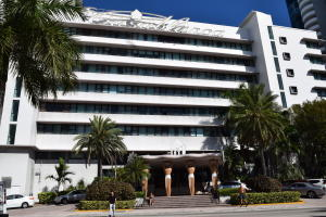 6345  Collins Avenue 742 For Sale 10535531, FL