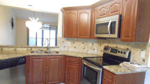 Property for sale at 7599 Glendevon Lane Unit: 1507, Delray Beach,  Florida 33446