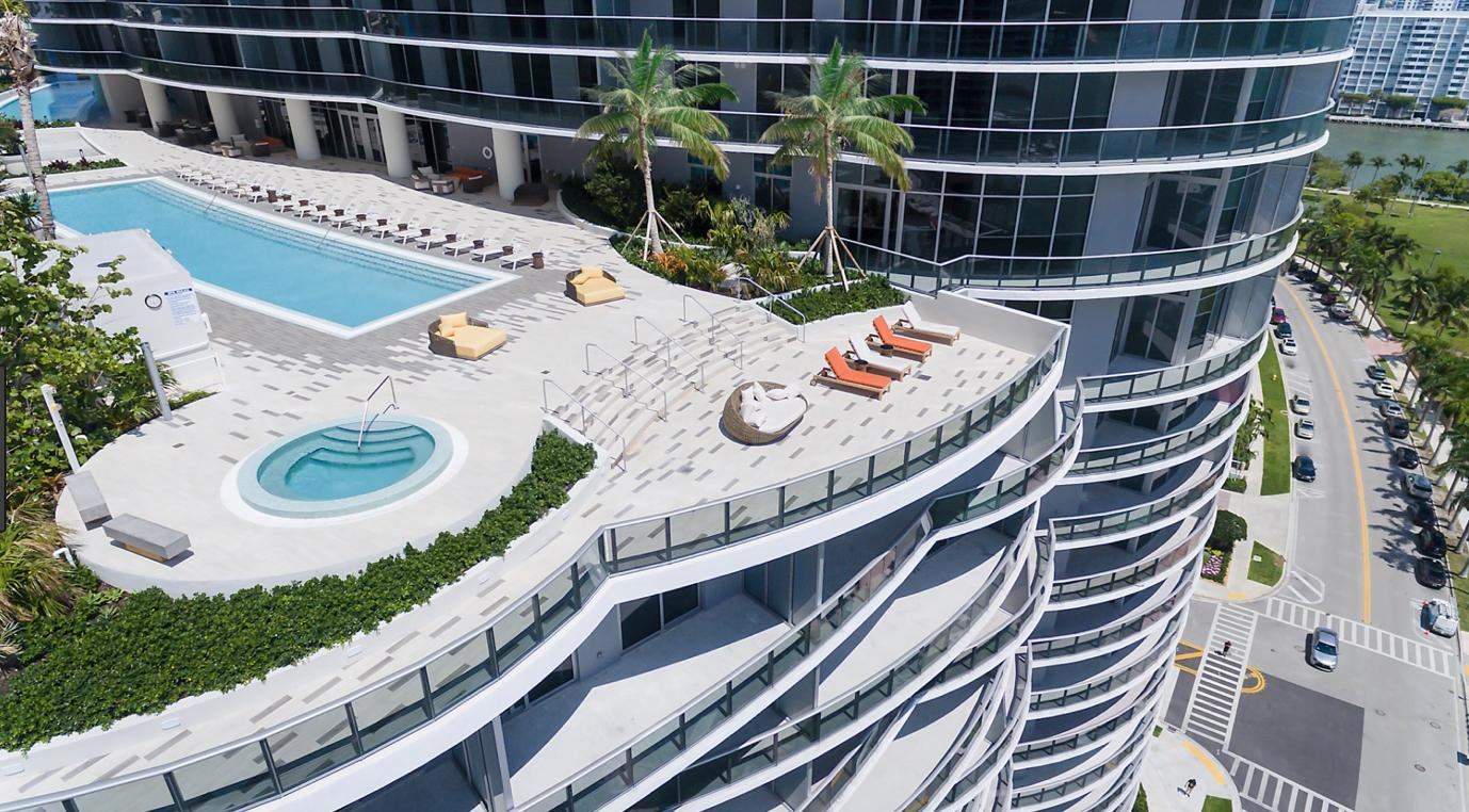 ARIA ON THE BAY REALTY