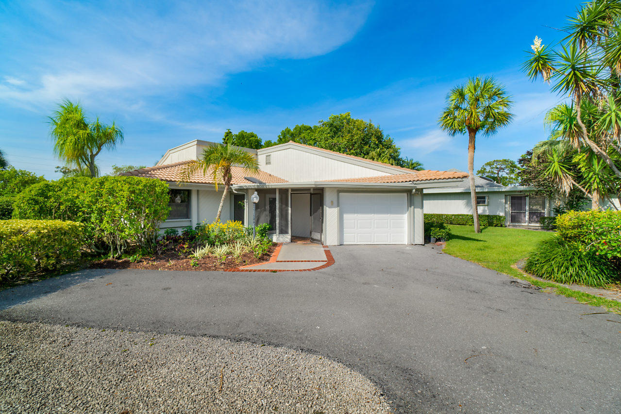 Photo of 13886 Whispering Lakes Lane, Palm Beach Gardens, FL 33418