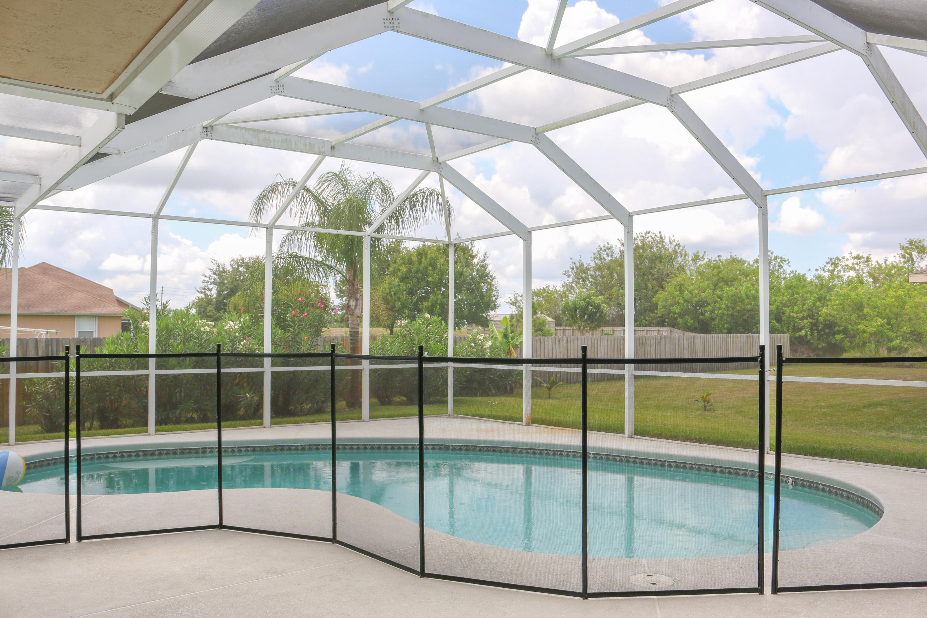 PORT ST LUCIE-SECTION 34- BLK 2379 LOT 29 (MAP 44/33S) (OR 4015-470)