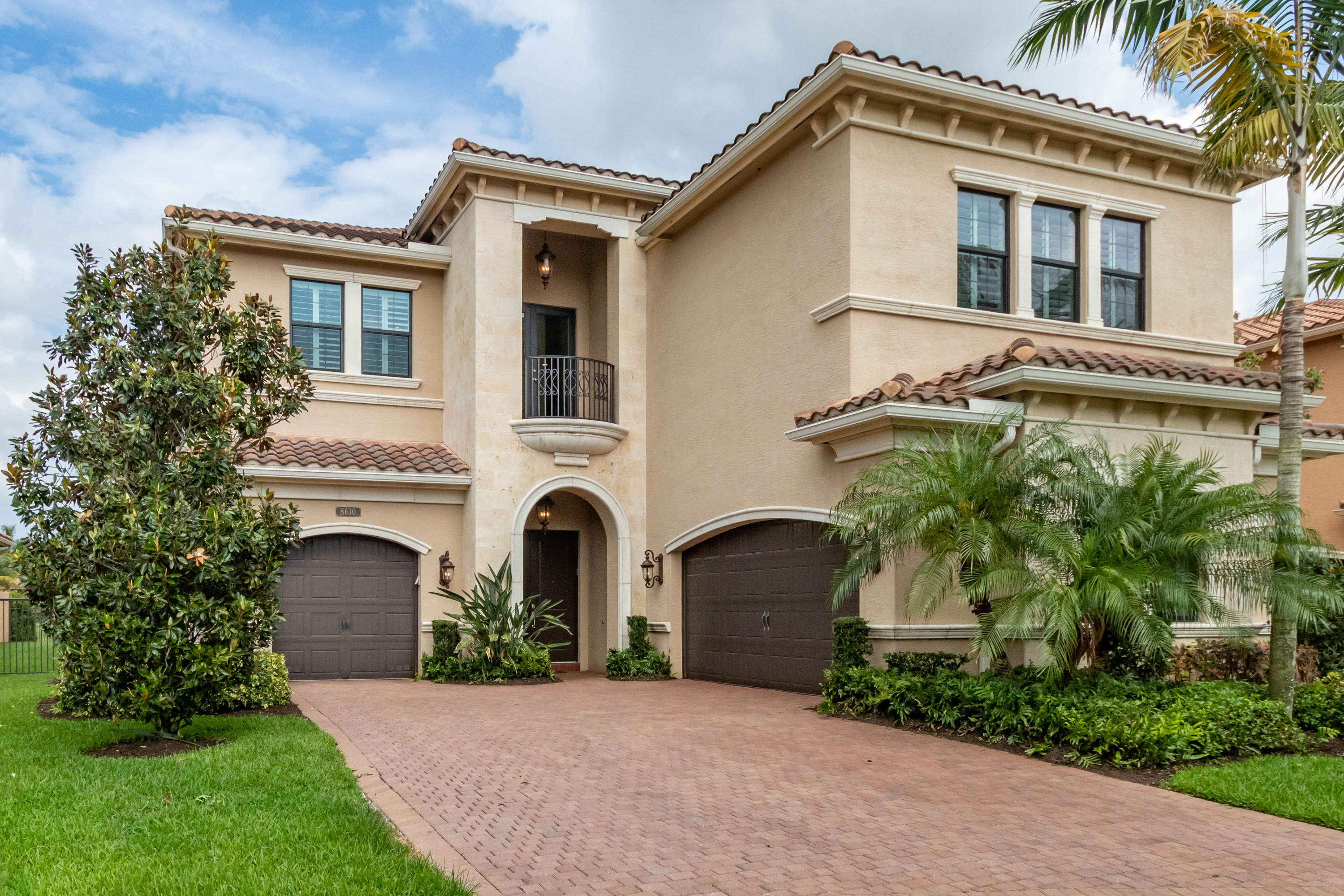 8610 Lewis River Road  Delray Beach FL 33446