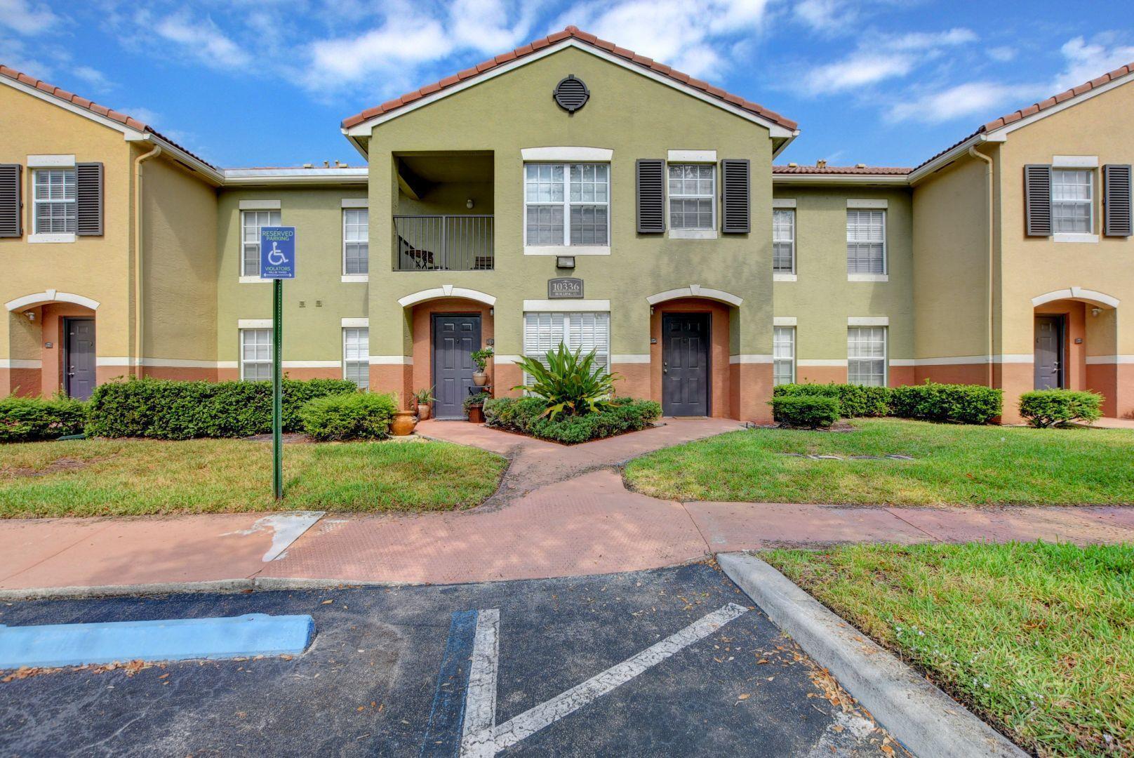 10336 S Fox Trail Road 1304 Royal Palm Beach, FL 33411