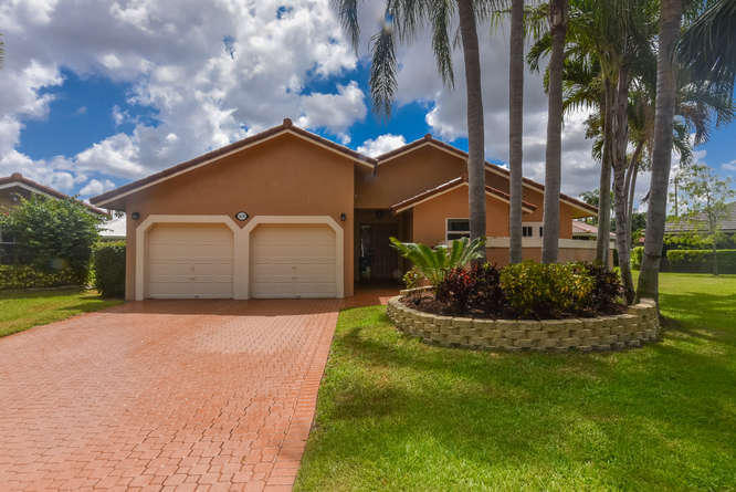 1639 NW 106th Way  Coral Springs FL 33071