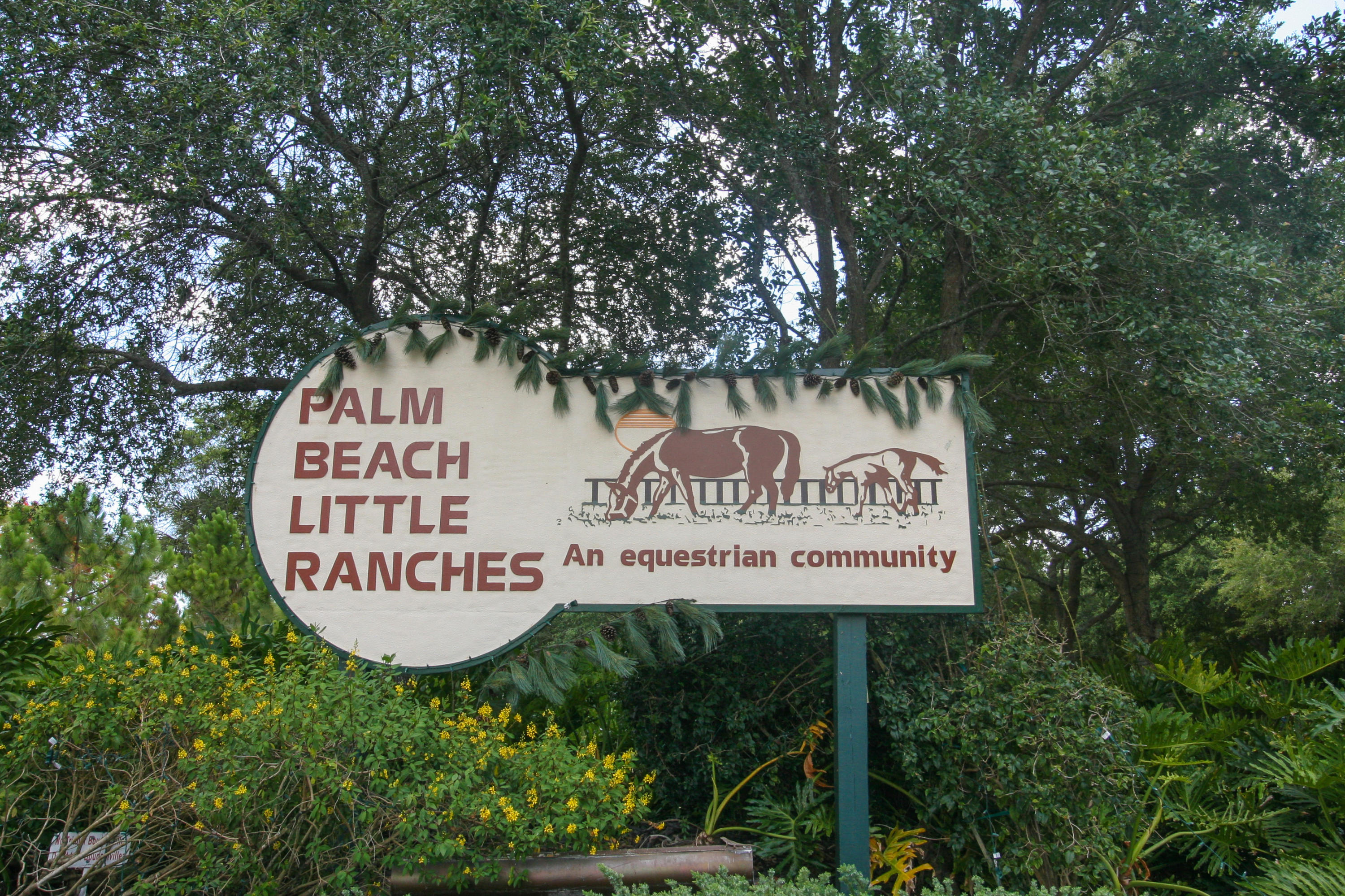 LITTLE RANCHES HOMES