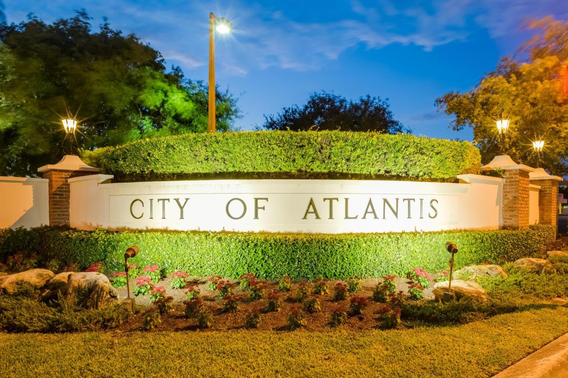 Home for sale in Atlantis Atlantis Florida