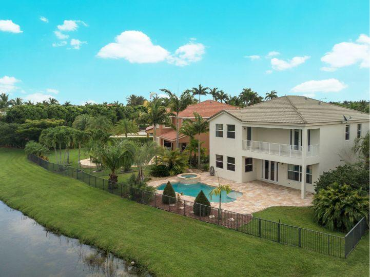 2728 Shaughnessy Drive Wellington, FL 33414 photo 2