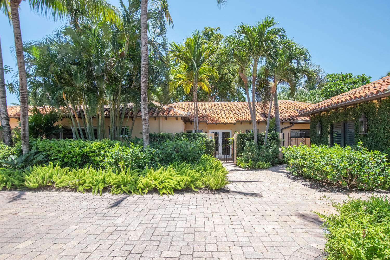 Home for sale in LITTLE POND PARK RESIDENCES CONDO Manalapan Florida