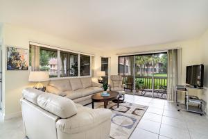 Property for sale at 319 Brackenwood Circle, Palm Beach Gardens,  Florida 33418