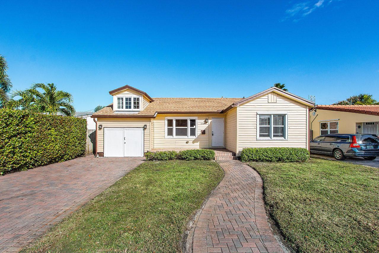 1216 N Ocean Breeze Street Lake Worth, FL 33460