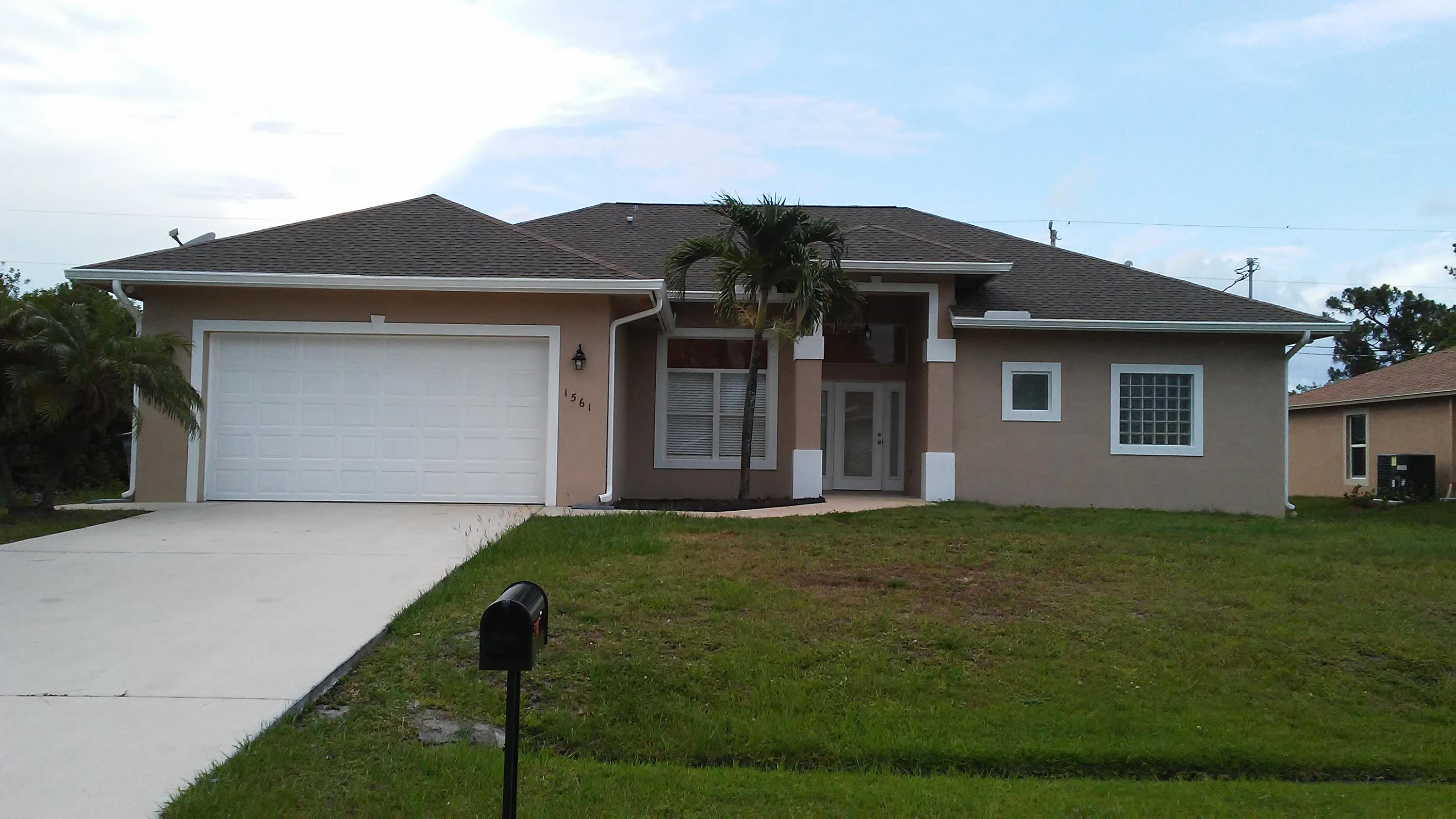 1561 SW Hackensack Avenue, Port Saint Lucie, Florida
