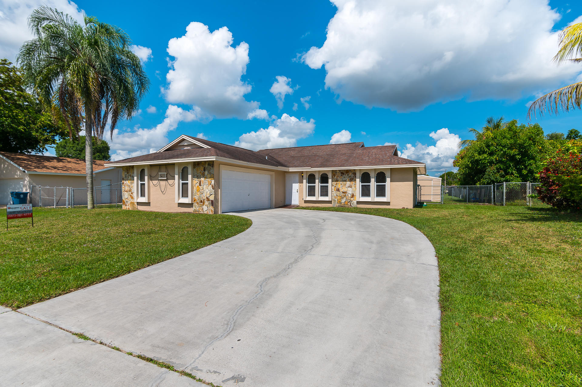 298 La Mancha Avenue Royal Palm Beach, FL 33411