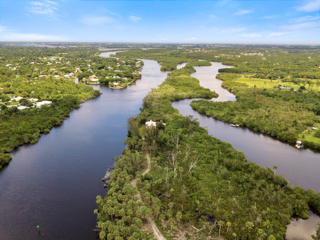 ST LUCIE INLET FARMS ALL TRACT 2 S & E OF RIVER BLK 37