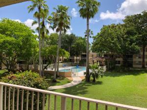 Coral Springs Estate Th Iv Condo