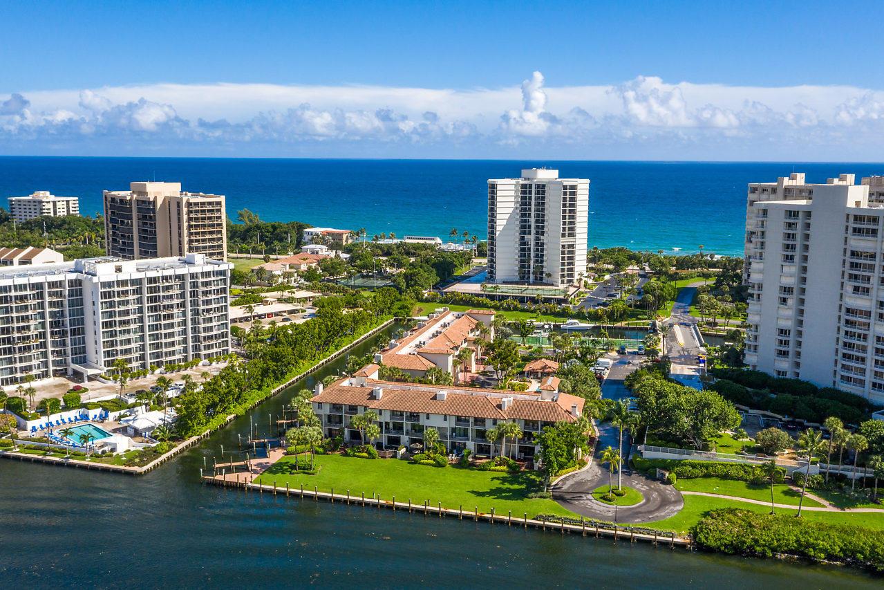 4401 N Ocean Boulevard 14  Boca Raton FL 33431