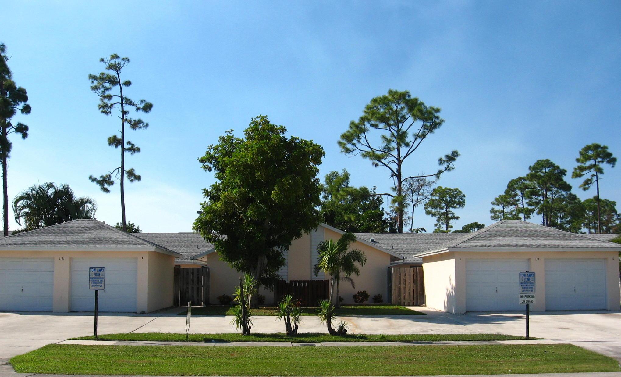 1105 Hyacinth Place D Wellington, FL 33414