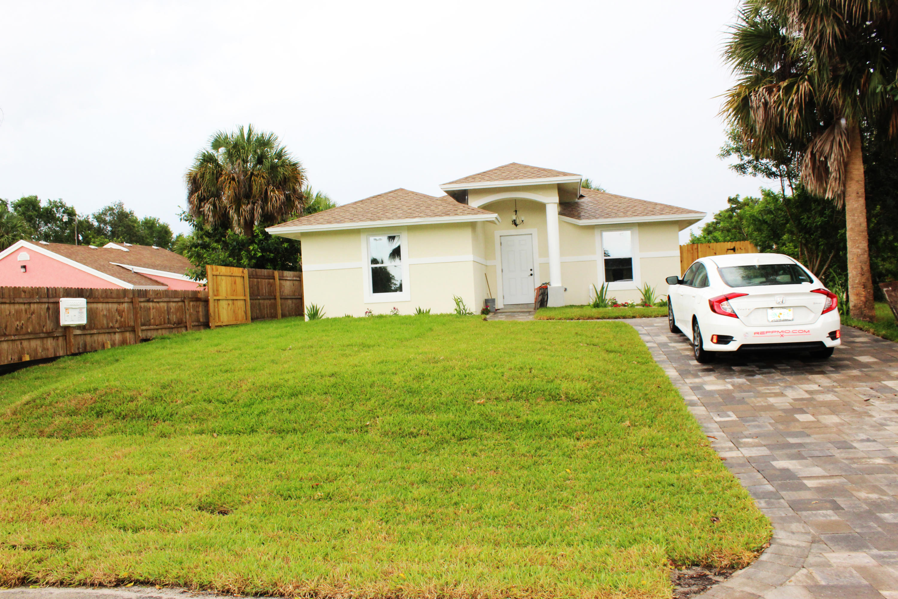 Home for sale in southern blvd pines West Palm Beach Florida