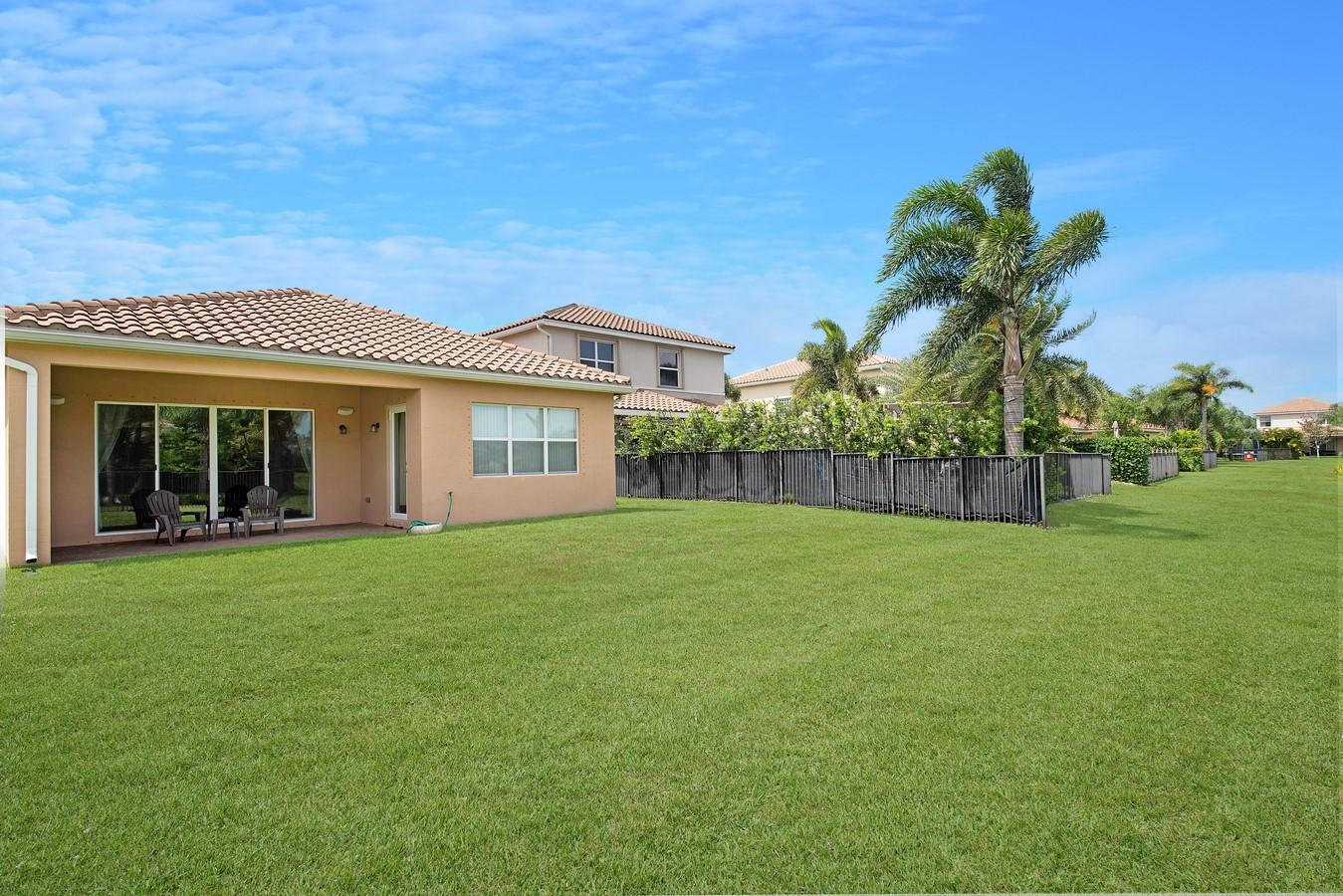 10586 Cape Delabra Court Boynton Beach, FL 33473 photo 26