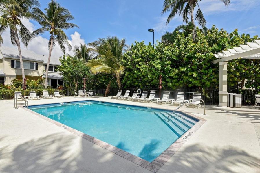 852 Kokomo Key Lane 852  Delray Beach, FL 33483