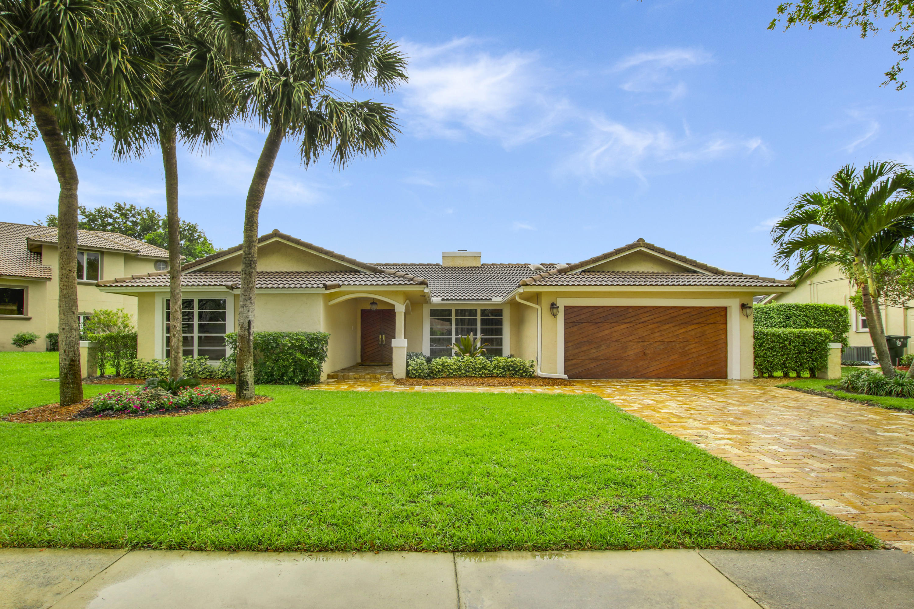 Photo of home for sale at 2276 36th Street NW, Boca Raton FL